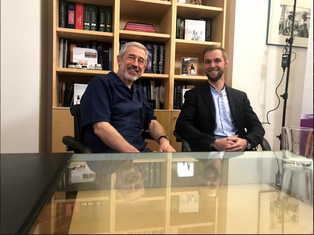 le Dr Daniel Perrenoud du centre et Laseris Lausanne et de M. Nicolas Basquin de Skinceuticals